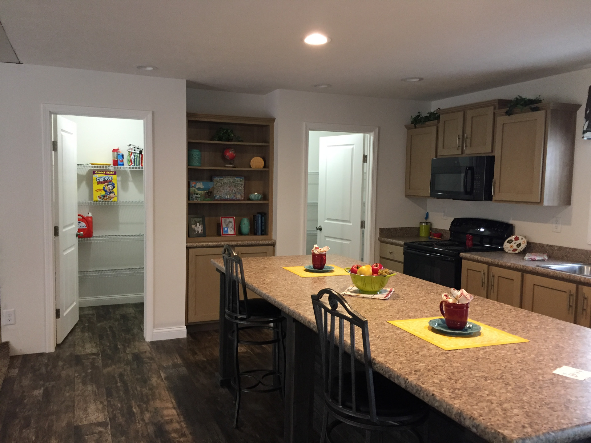 Limited kitchen pantry