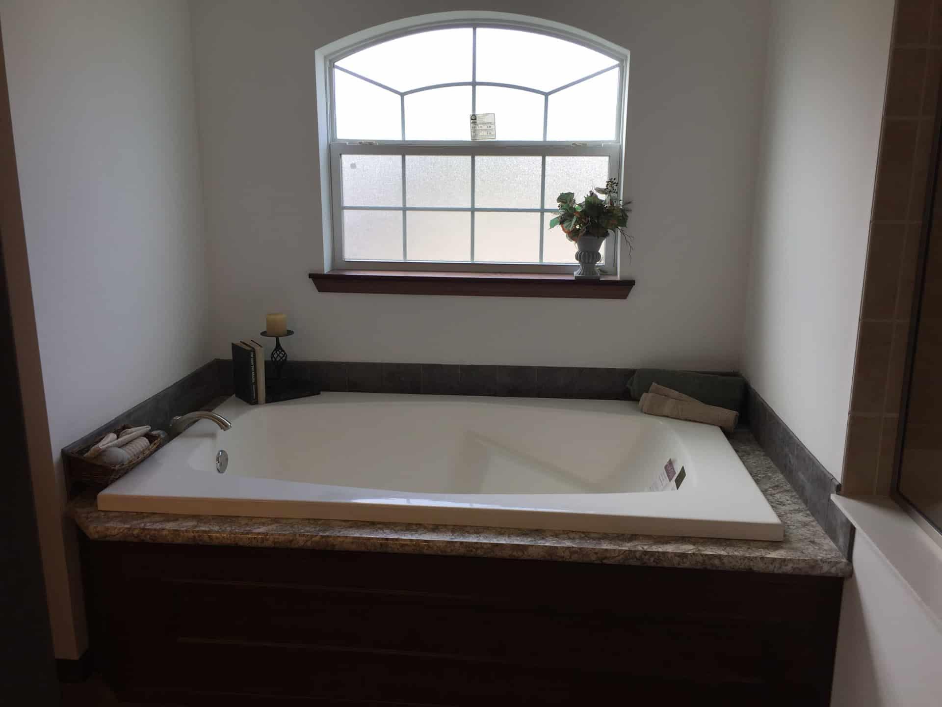 Lionel large tub