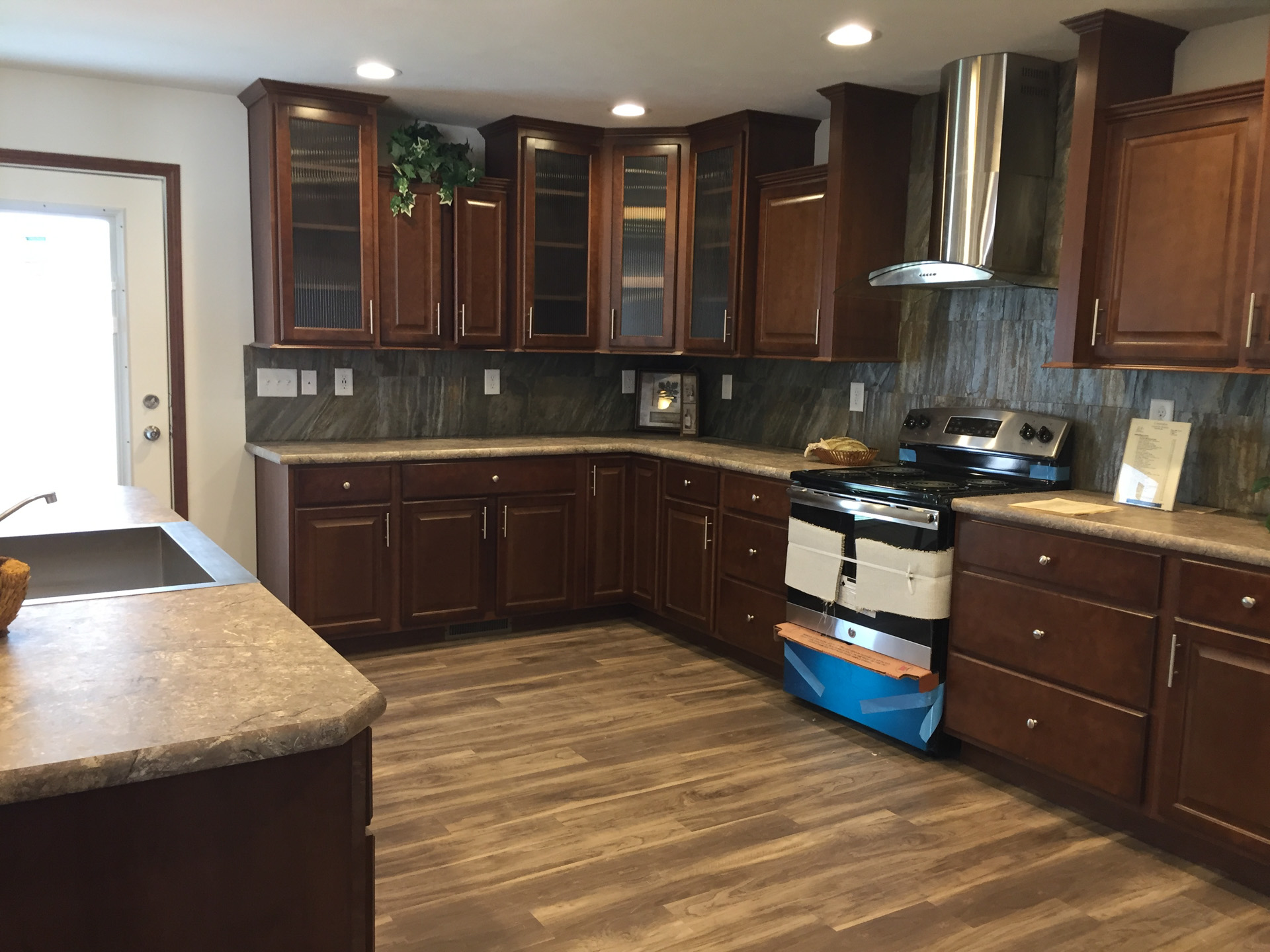 Ultra Kitchen