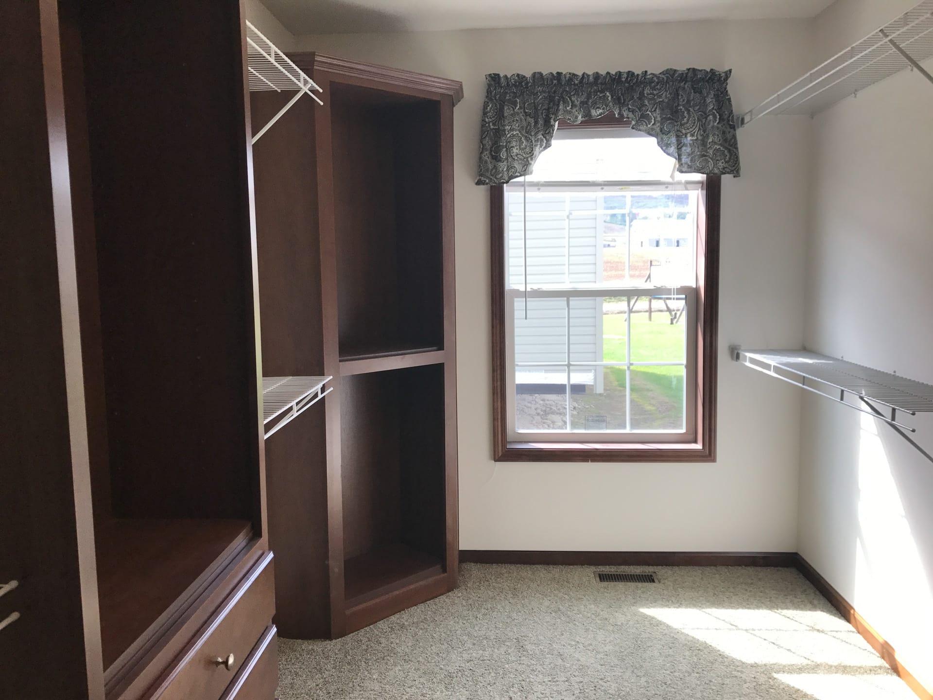 Princeton large walk-in closet