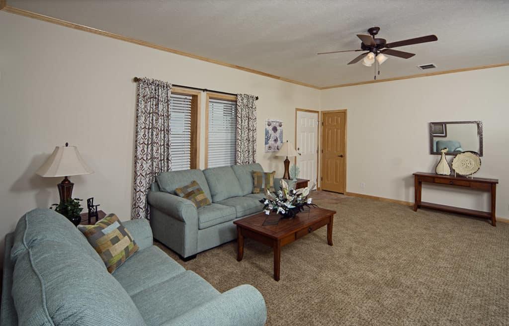 Champion Barclay 6015 Living Room2