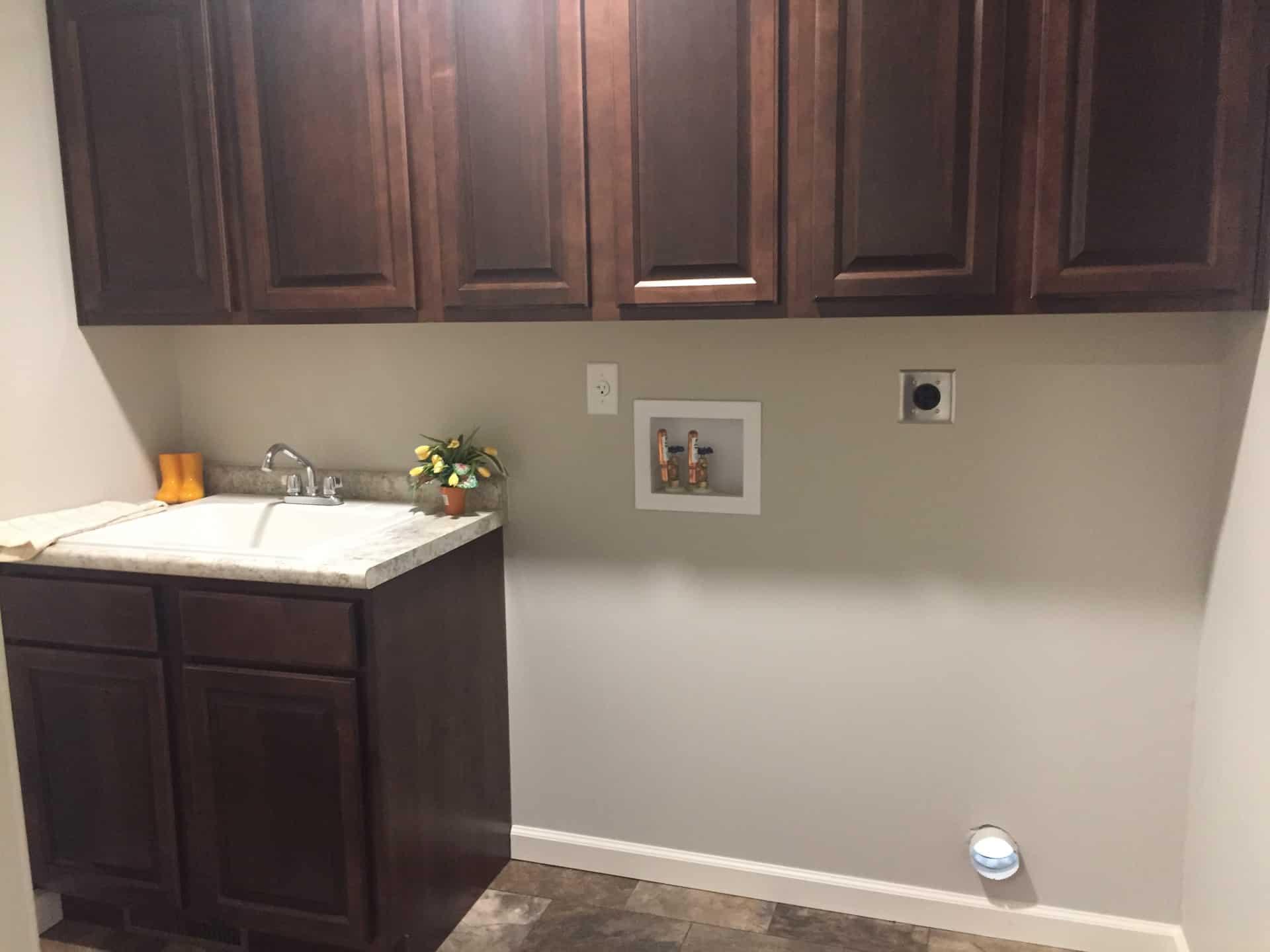 Unibilt Kenwood Chillicothe Utility Room